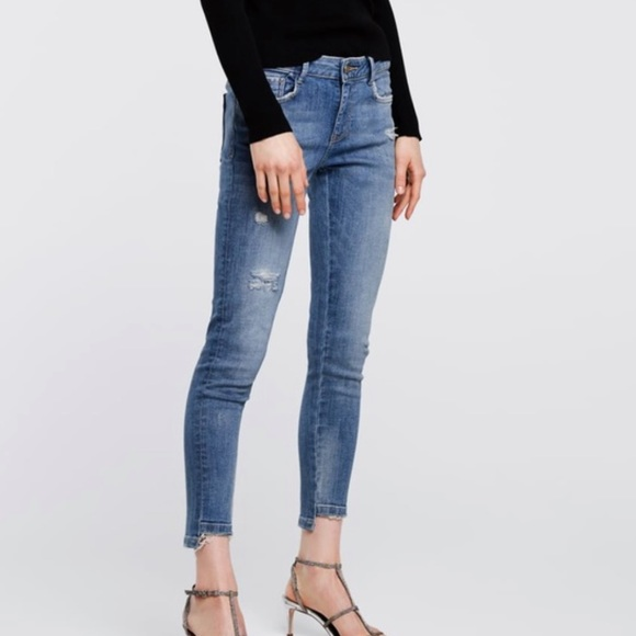 Zara | Z1975 Basic Denim Distressed Jeans 04